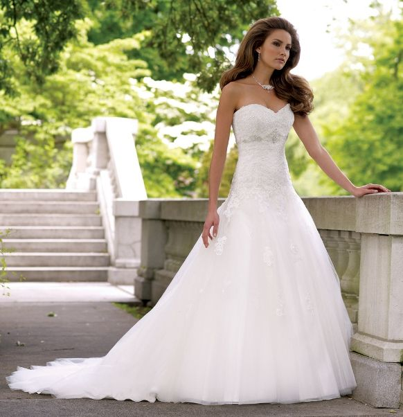 78 Best images about strapless summer wedding gowns on Pinterest ...