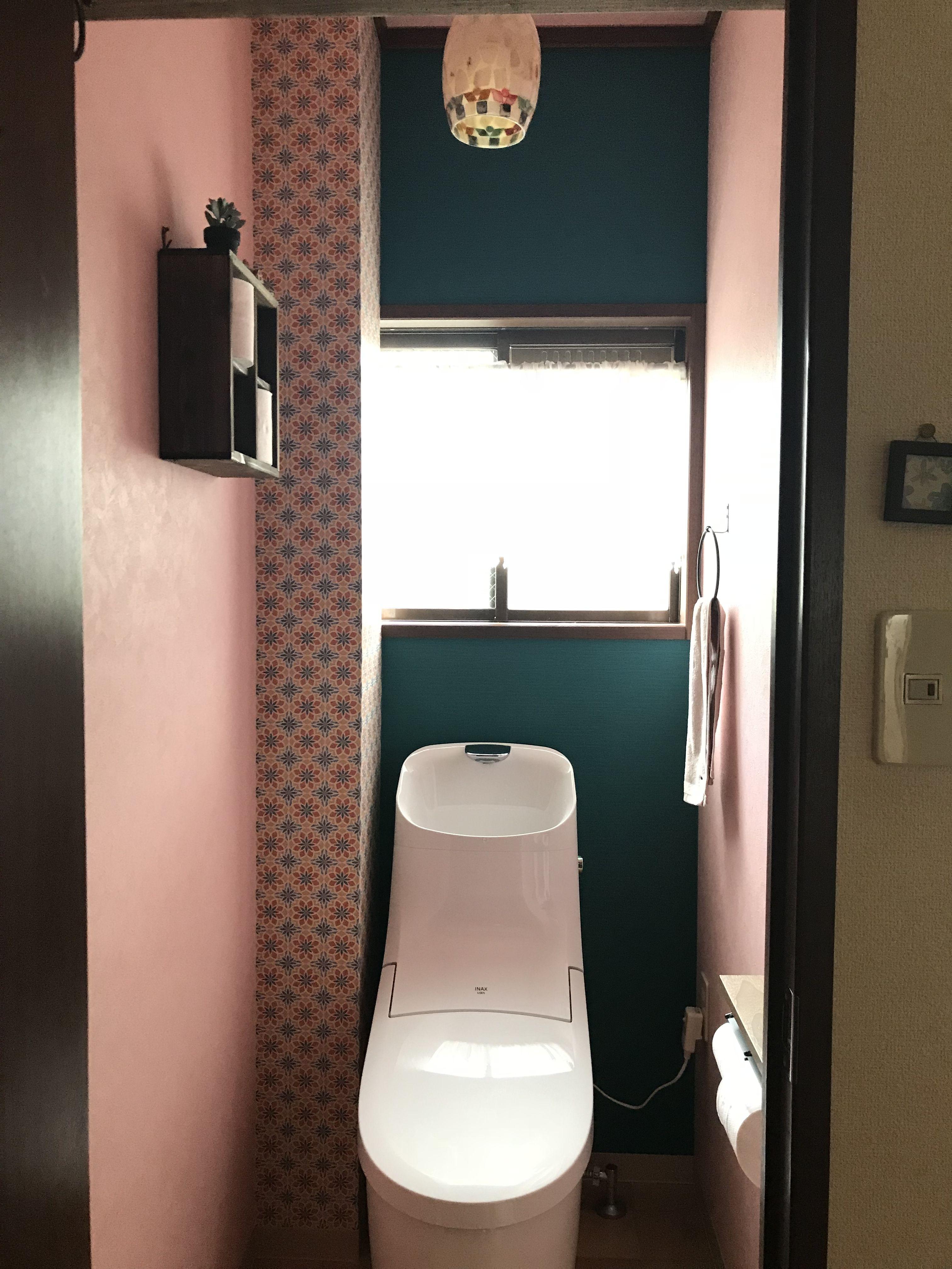 配管パイプの柱に 可愛いタイルの壁紙を選んでみました 配管パイプ 配管 壁紙