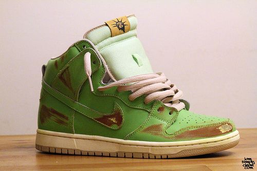 finest selection 790ac dd2bb Nike SB - Statue of Liberty