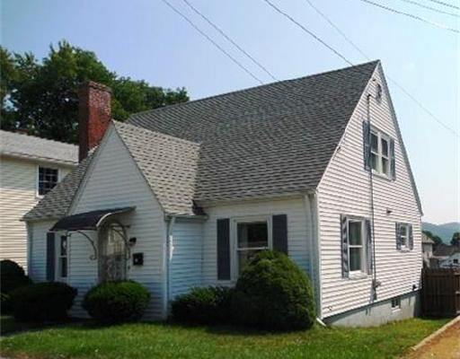 Check out this property: 18 Prospect St.