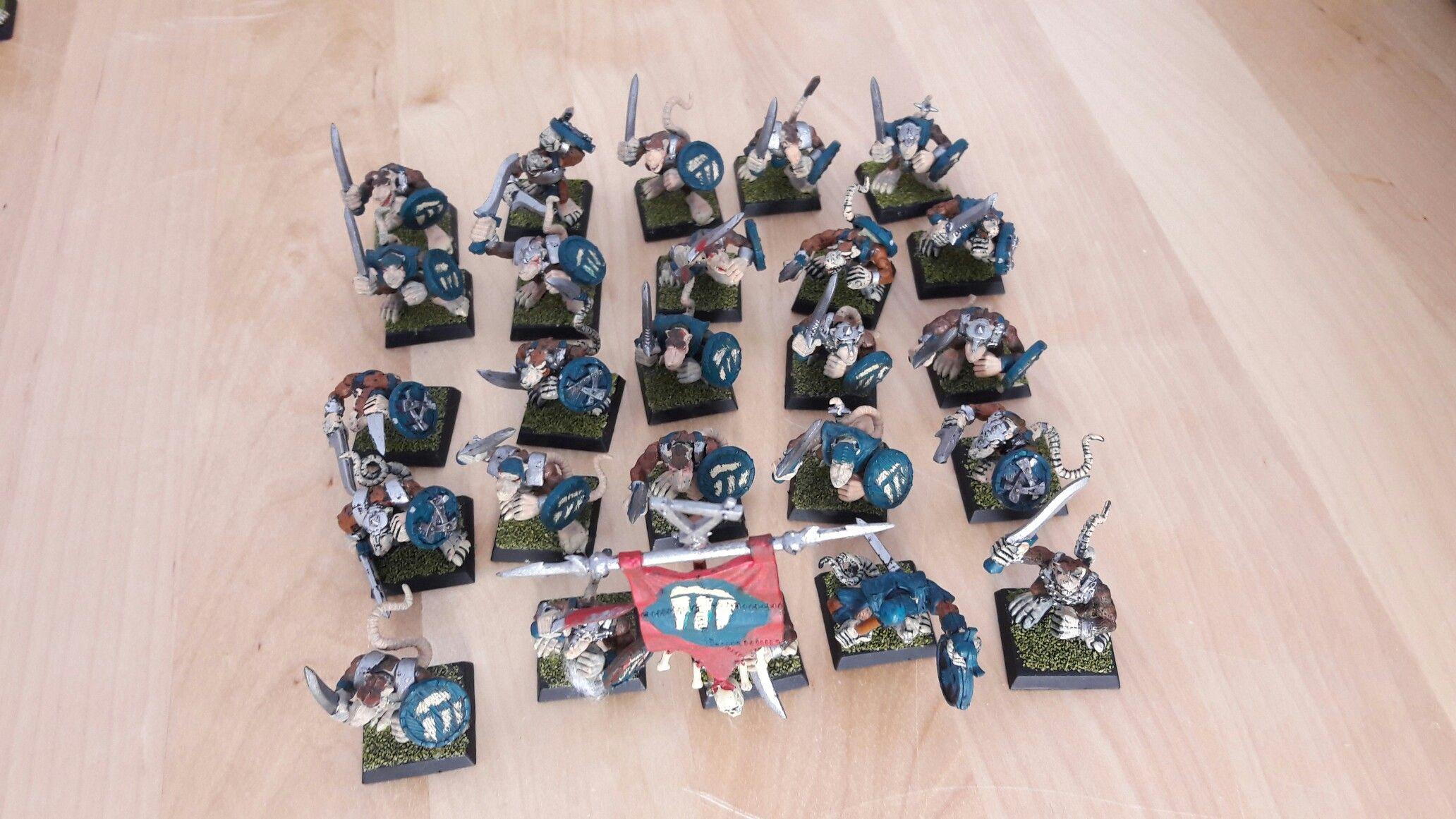 25 guerriers des clans avec bouclier: 7 euros