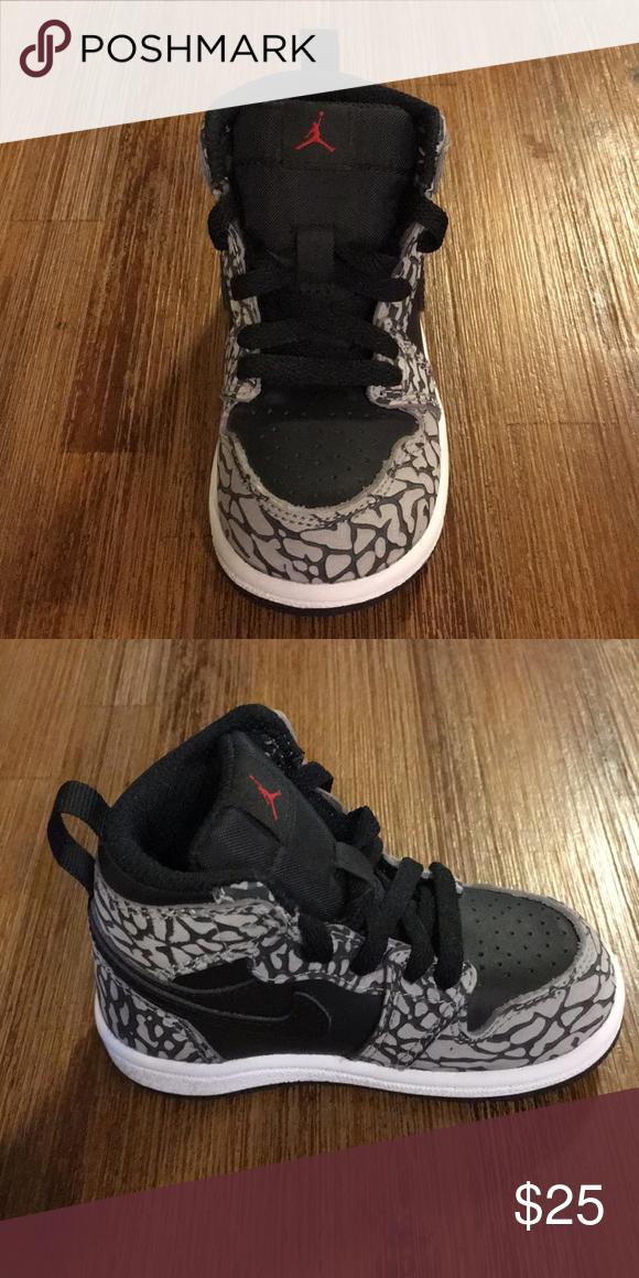 pretty nice 05edb af486 Toddler Nike Air Jordan Kids 1 Retro High Top Brand new, never worn Nike  Air Jordan Kids Retro sneakers. Toddler size 5. Smoke free home!