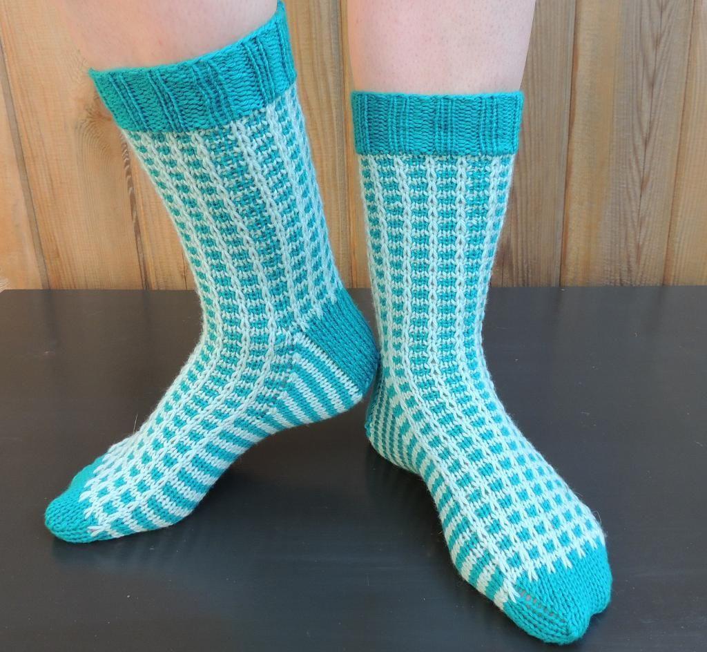 Mosaic Knitting Patterns for Eye-Catching Colorwork | Knitting ...