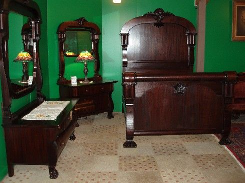 Bedroom Decorating Ideas Furniture On Waterfall Antique - Antique bedroom furniture 1930