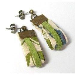 Boucles d'oreilles Liberty/daim, idée créative disponible sur www.bricolart.com