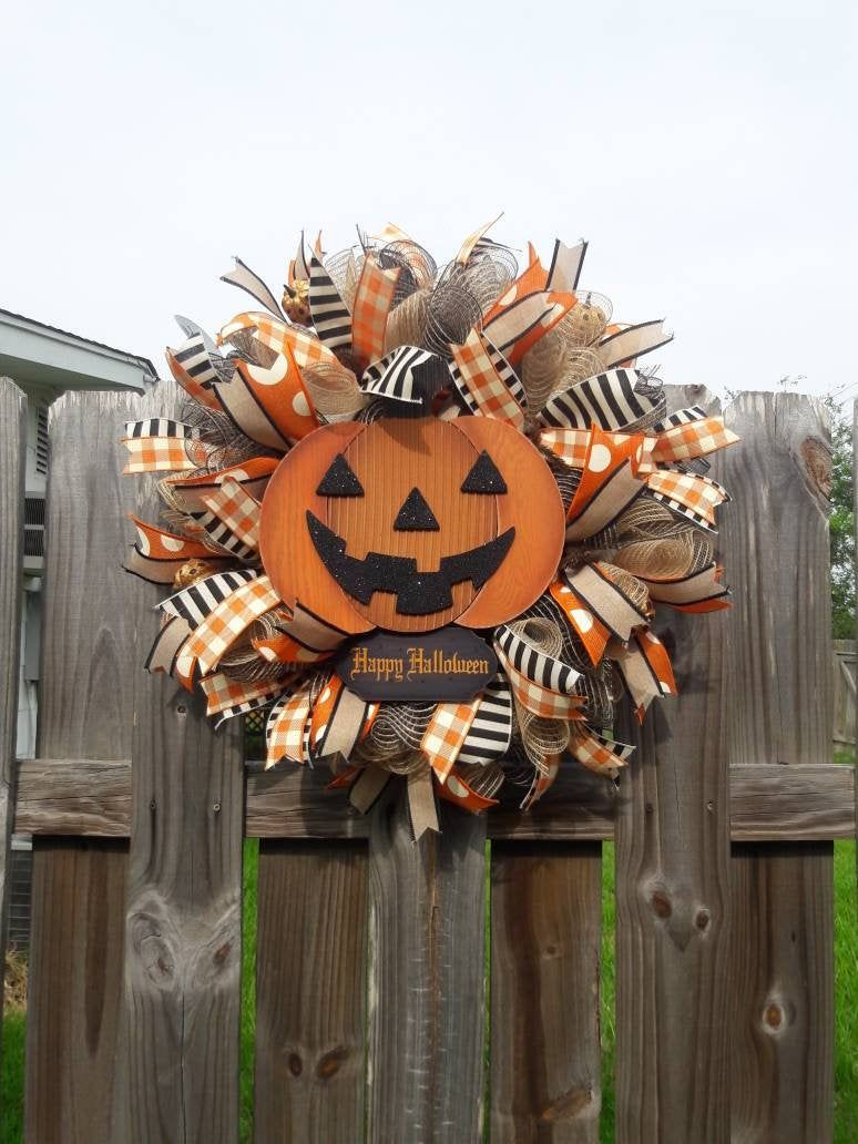 Halloween Wreath,Happy Halloween Wreath,Halloween Primitive Wreath,Halloween Decor,Halloween Pumpkin Wreath,Primitive Halloween Decor #halloweenwreaths