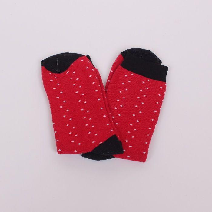 b36c3a79157 Дамски термо чорапи в червен цвят, декорирани с малки бели точки. Петата,  ластика