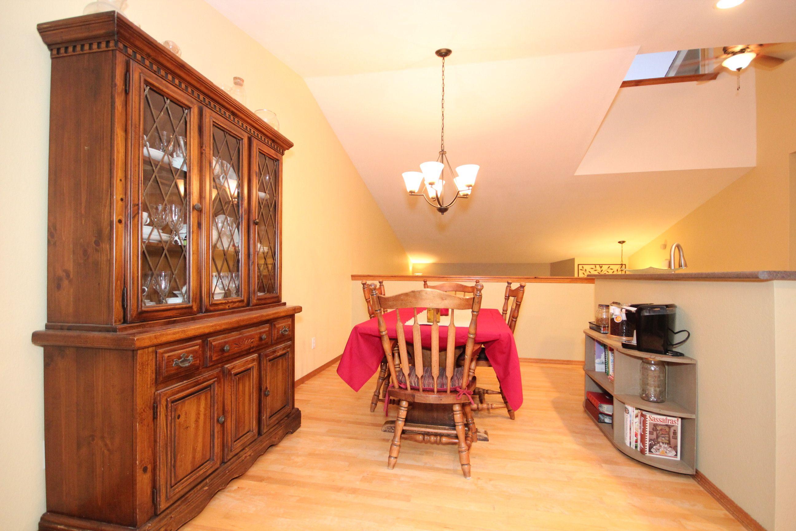 kitchen nook at 3528 honeysuckle drive belgrade mt 59714 in springvale subdivision sold on kitchen nook id=73427