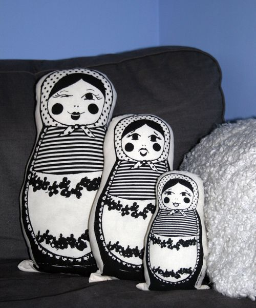eduschka kissen matryoshka pillows by mina garcia via zuk nftige projekte. Black Bedroom Furniture Sets. Home Design Ideas