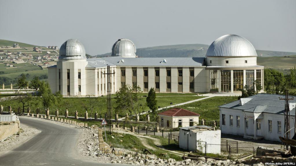 Samaxi Astrofizika Rəsədxanasinin Təskilatciligi Ilə Fotomusabiqəyə Start Verilib Frame Az Taj Mahal Landmarks Building