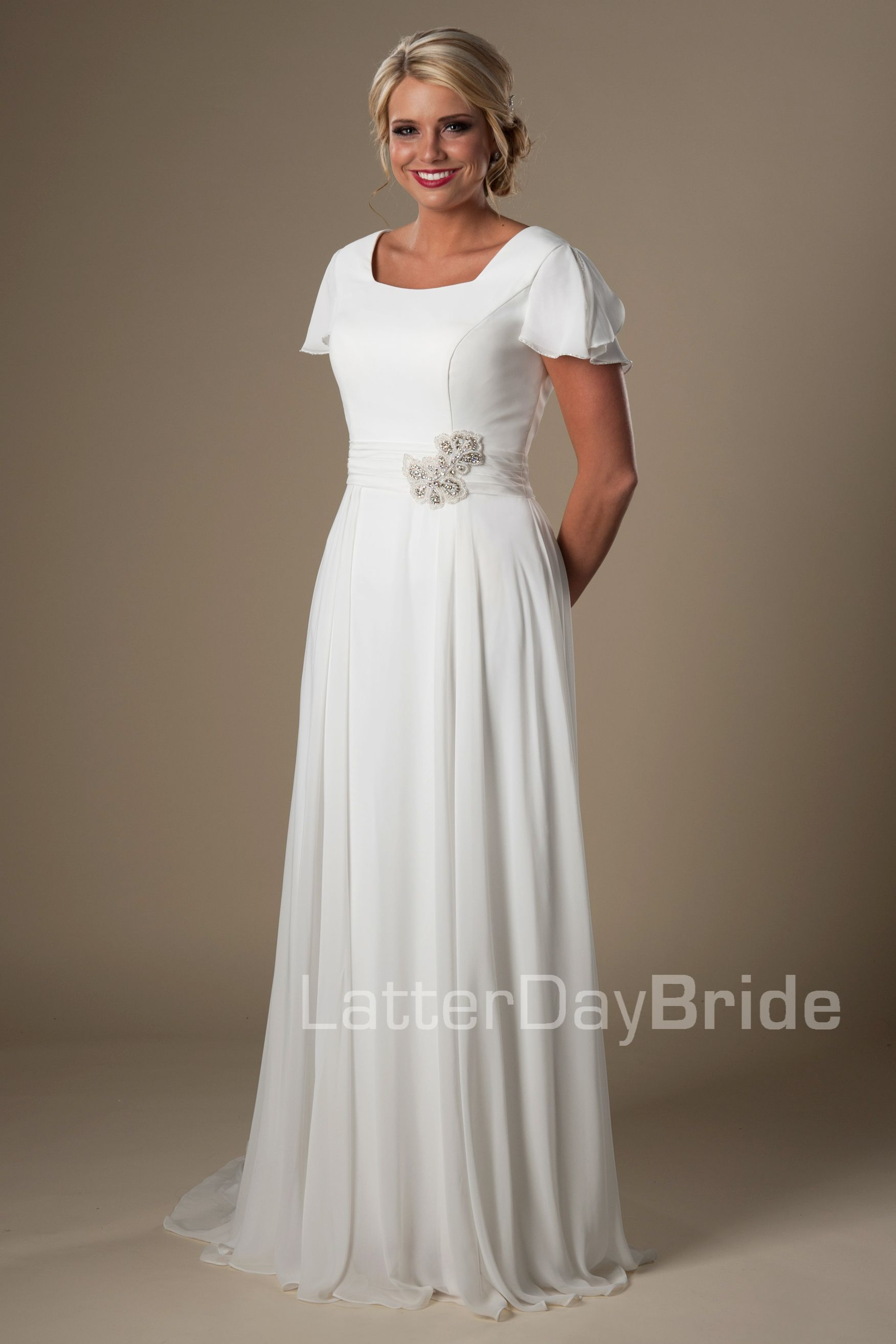 6ed2fae1ba5 Modest Affordable Wedding Dress - Gomes Weine AG