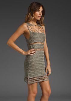 Vestido de Crochet Cinza