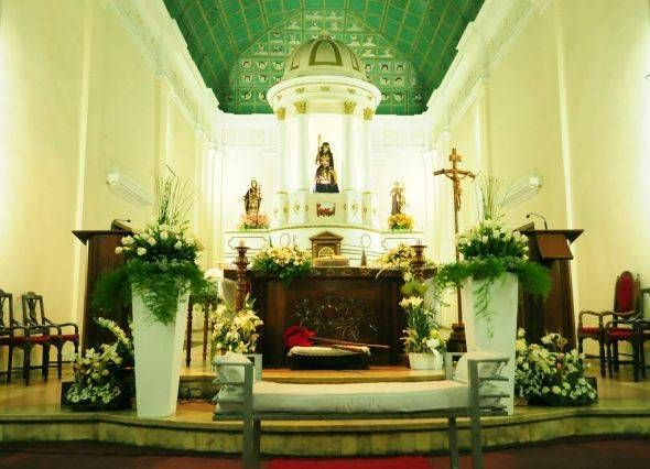 Church Altar Flowers For Weddings Ideas Picture