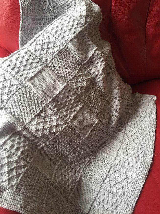 Baby Blanket in Stylecraft Lullaby DK - 8913 knitting project by Jan H | LoveKnitting #babyblanket