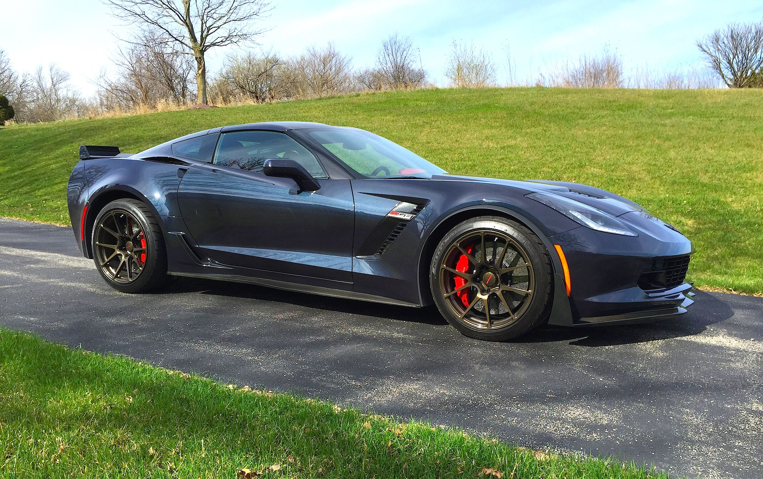 Our friends at schwartzperf just picked up their own c7 z06 corvette with the z07