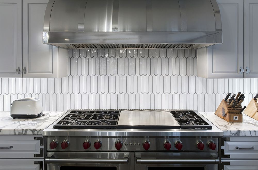 Artistic Tile Melange White Melange Is A Classic Subway Tile With A Multi Tonal Pastel Palette The Classic Rectang Subway Tile Design Artistic Tile Kitchen