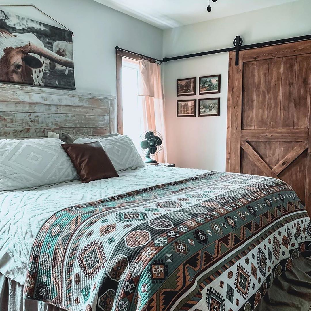 Rod S Western Palace On Instagram Charming Meets Rustic We Love How Versatile Y All Make O Western Bedroom Decor Western Bedrooms Western Rooms