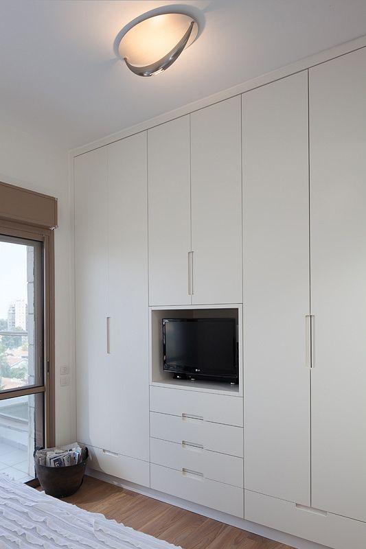 ארון בחדר ההורים Bedroom Closet Design
