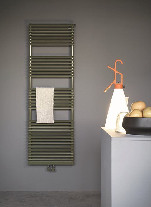 Water, electric or mixed version Basics 20 towel warmer. Flexibility ...