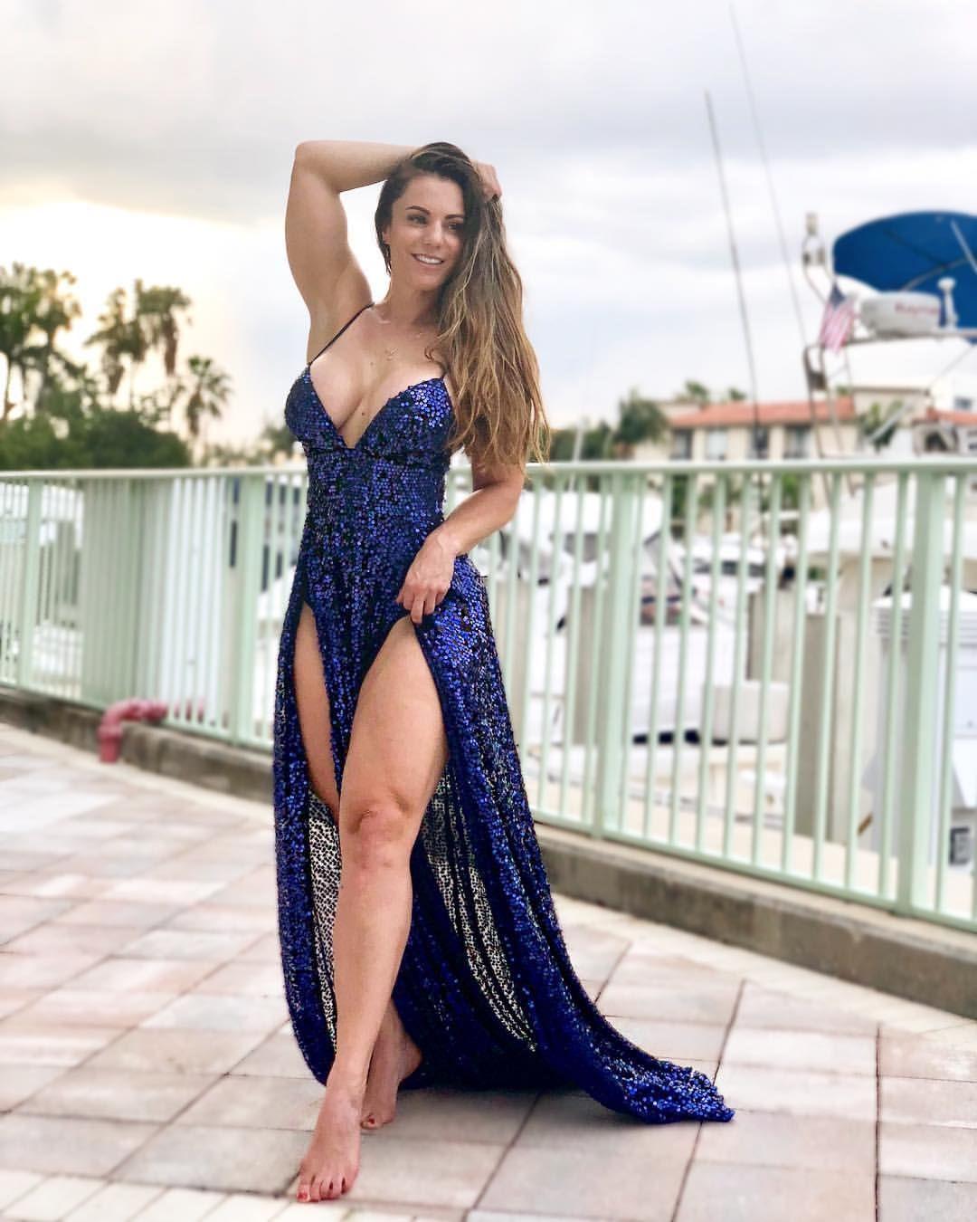 bra Celebrites Linda Durbesson naked photo 2017