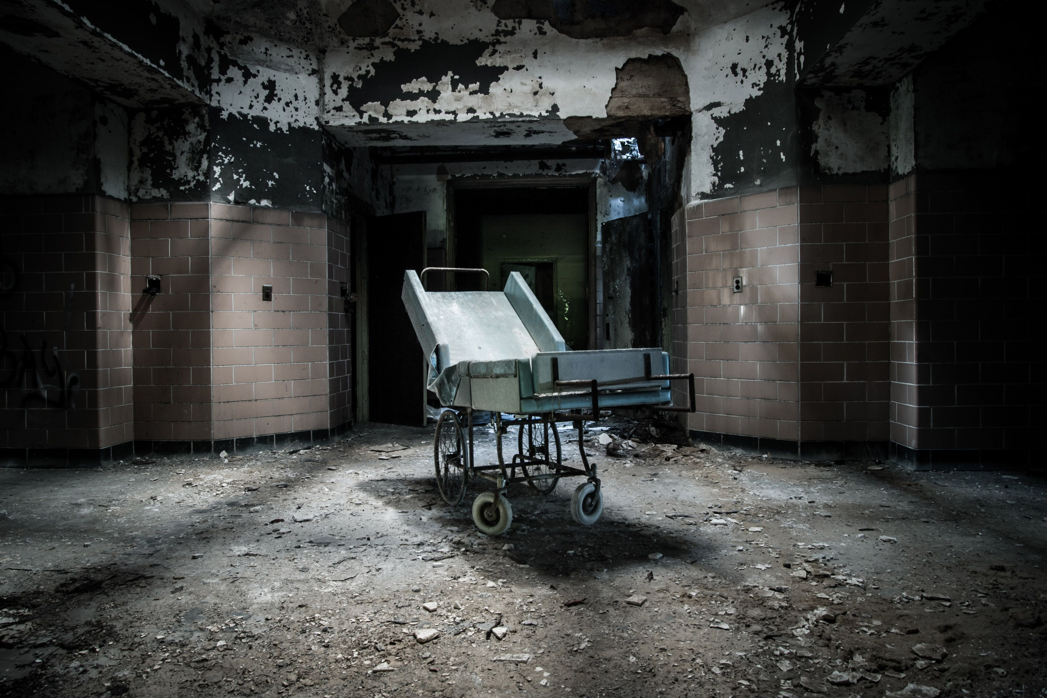 The Modern Asylum >> The Rise Of The Lunatic Asylum And Its Gradual Transformation Into
