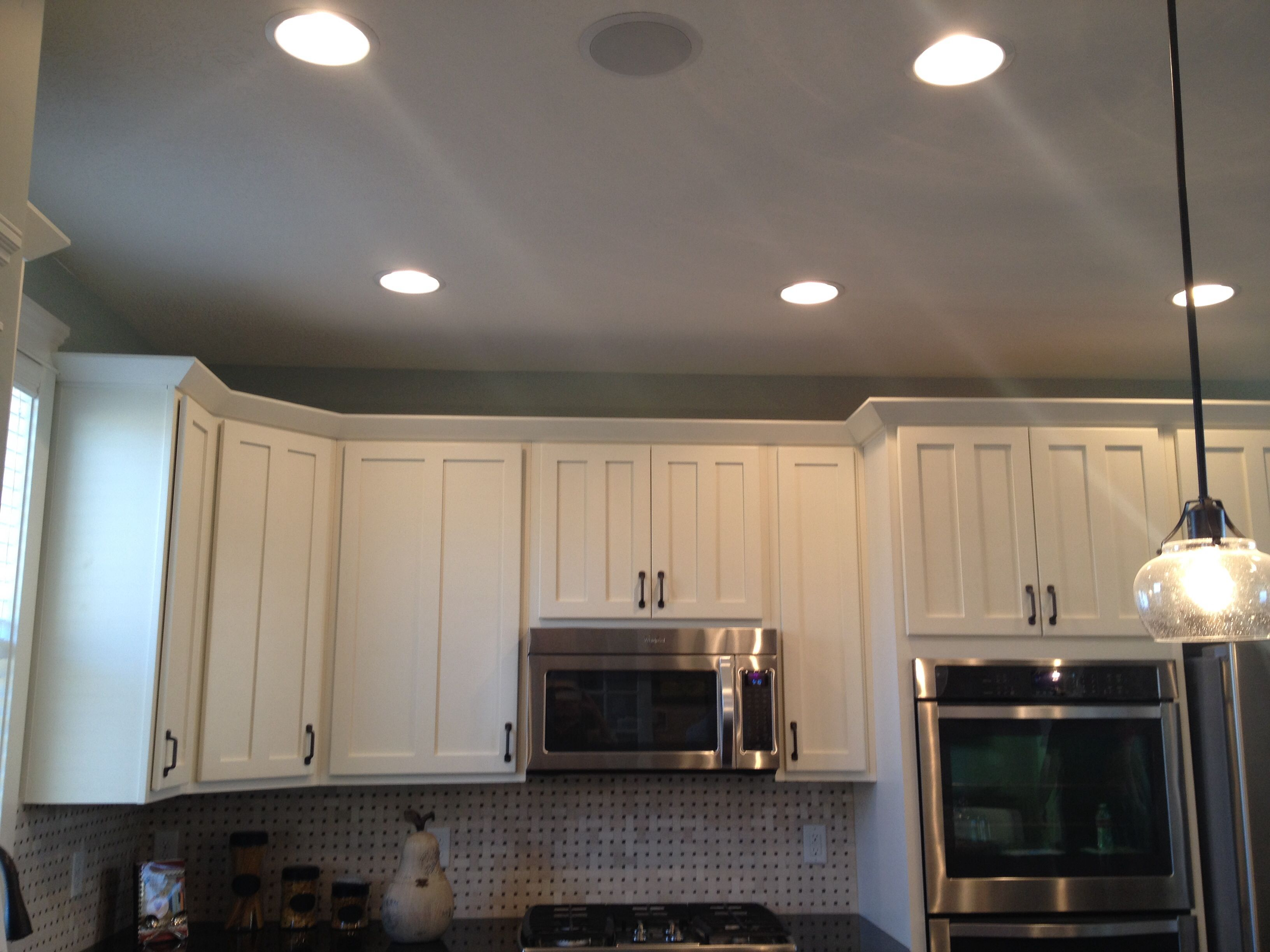 Crown molding on cabinets kitchen design ideas pinterest for Kitchen cabinets crown molding ideas