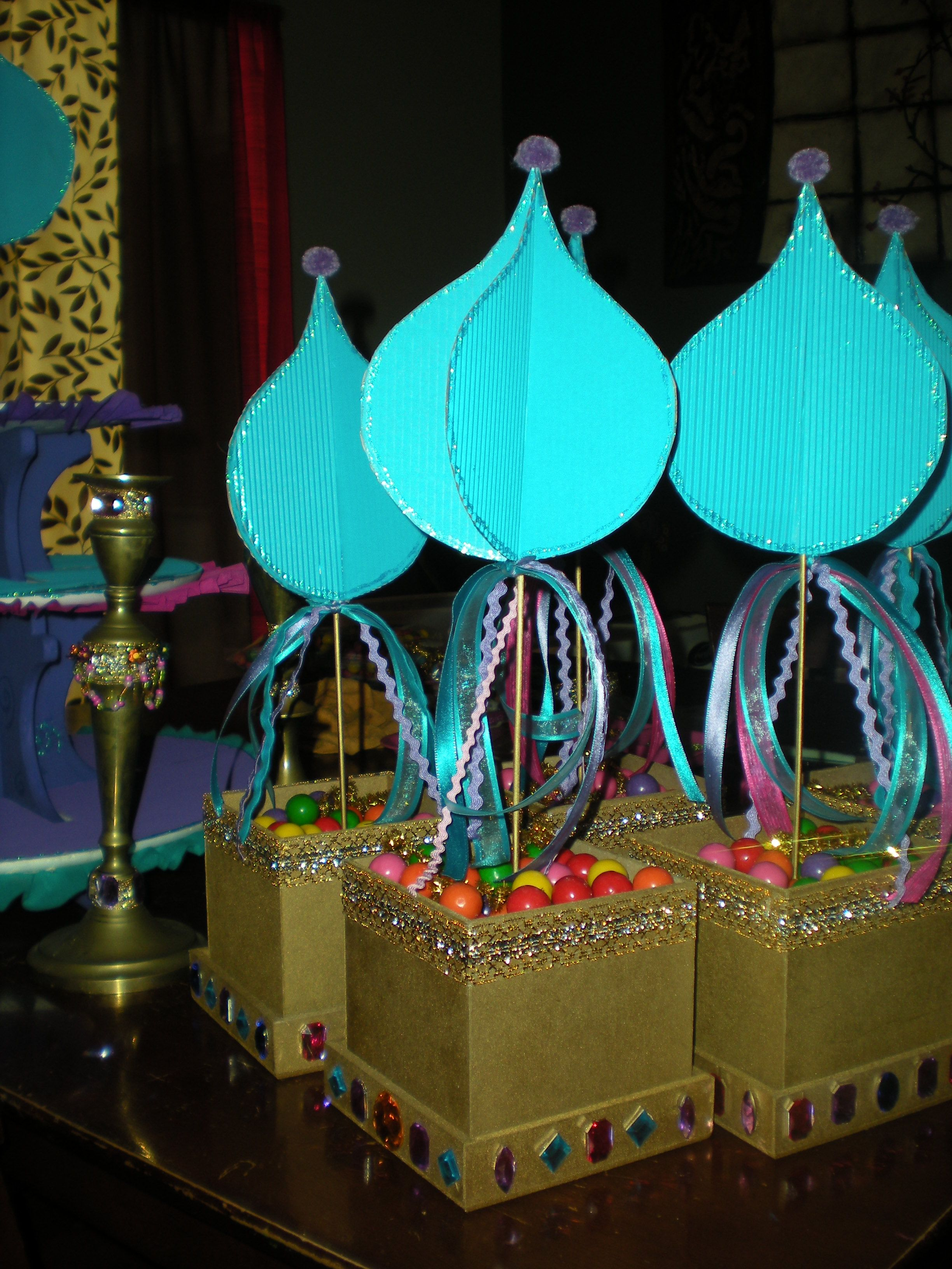 Centros de mesa para fiesta de la princesa jasmin - Decoracion mesa centro ...