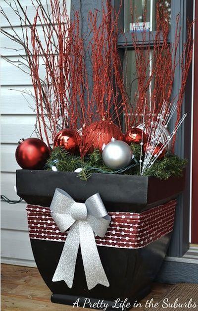 jardiniere rouge noel christmas pinterest rouge no l jardini res et rouge. Black Bedroom Furniture Sets. Home Design Ideas