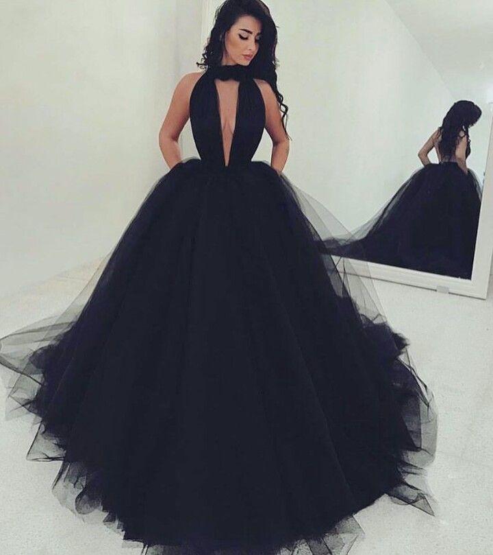 Pin von Malak auf Beautiful dresses   Pinterest