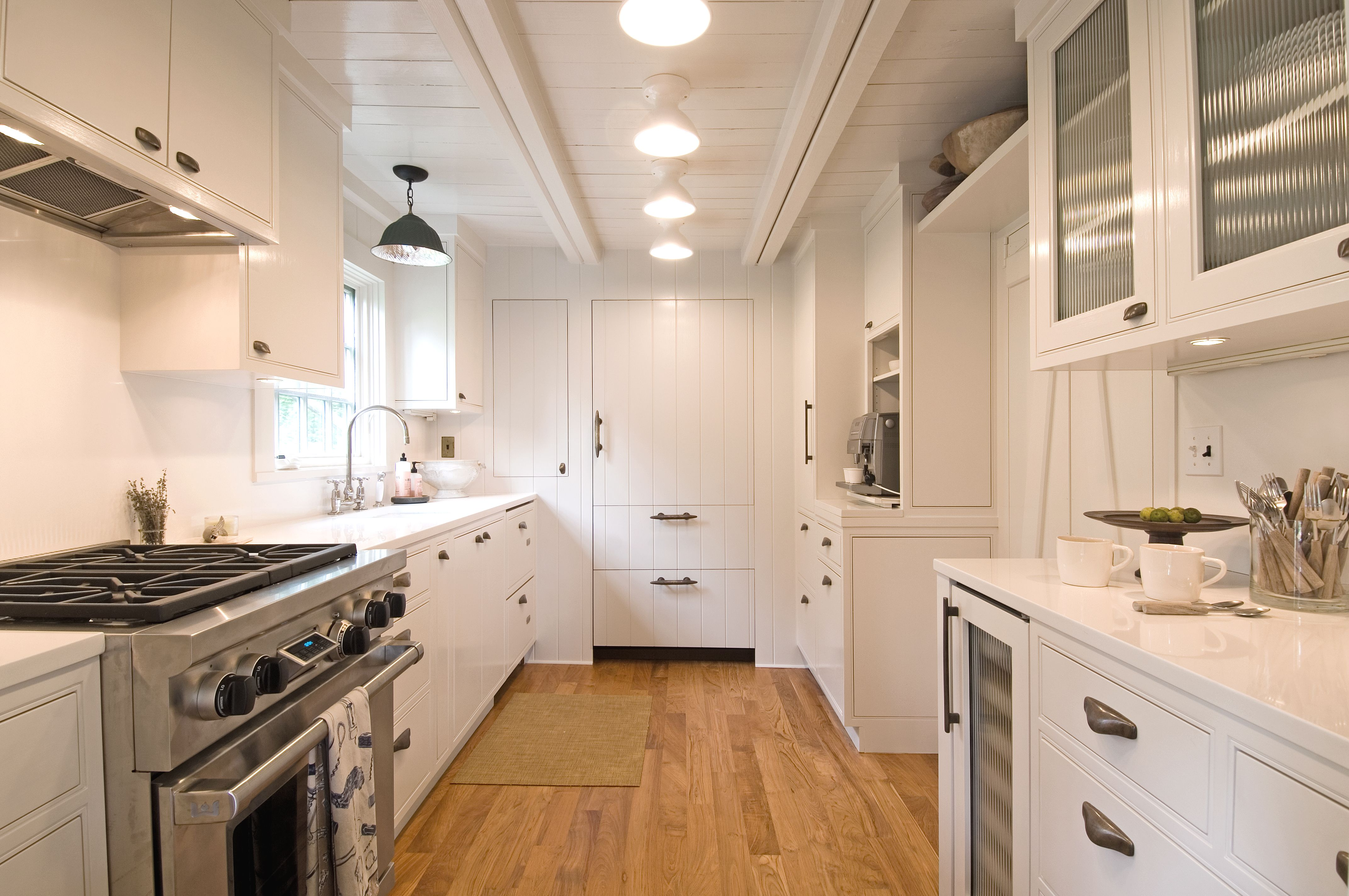 This Galley Kitchen By Hampton Design Is The Perfect Example Of A - Hamptons kitchen design