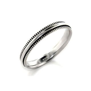 simple vintage wedding band...