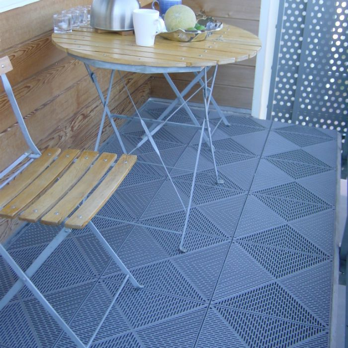 Outdoor flooring suitable for balconies patios terraces for 18 floor balcony