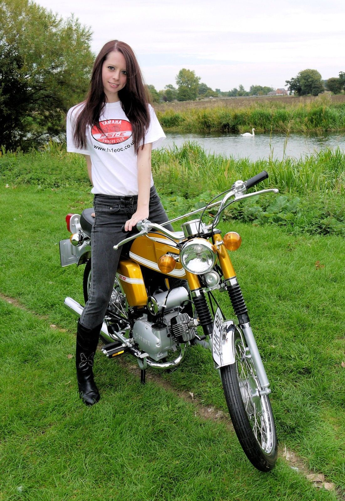 Yamaha Fs1e Fizzy Fissy Fs1 Fs1 E Owners Club T Shirt In Vehicle Parts Accessories Motorcycle Parts Other Motorcycle Part Yamaha Retro Bike Chicks On Bikes