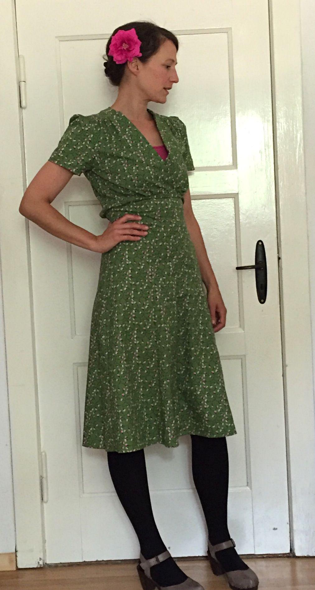 ohjaschoen 1040s Swing Dress | vintage dresses | Pinterest | Swings ...