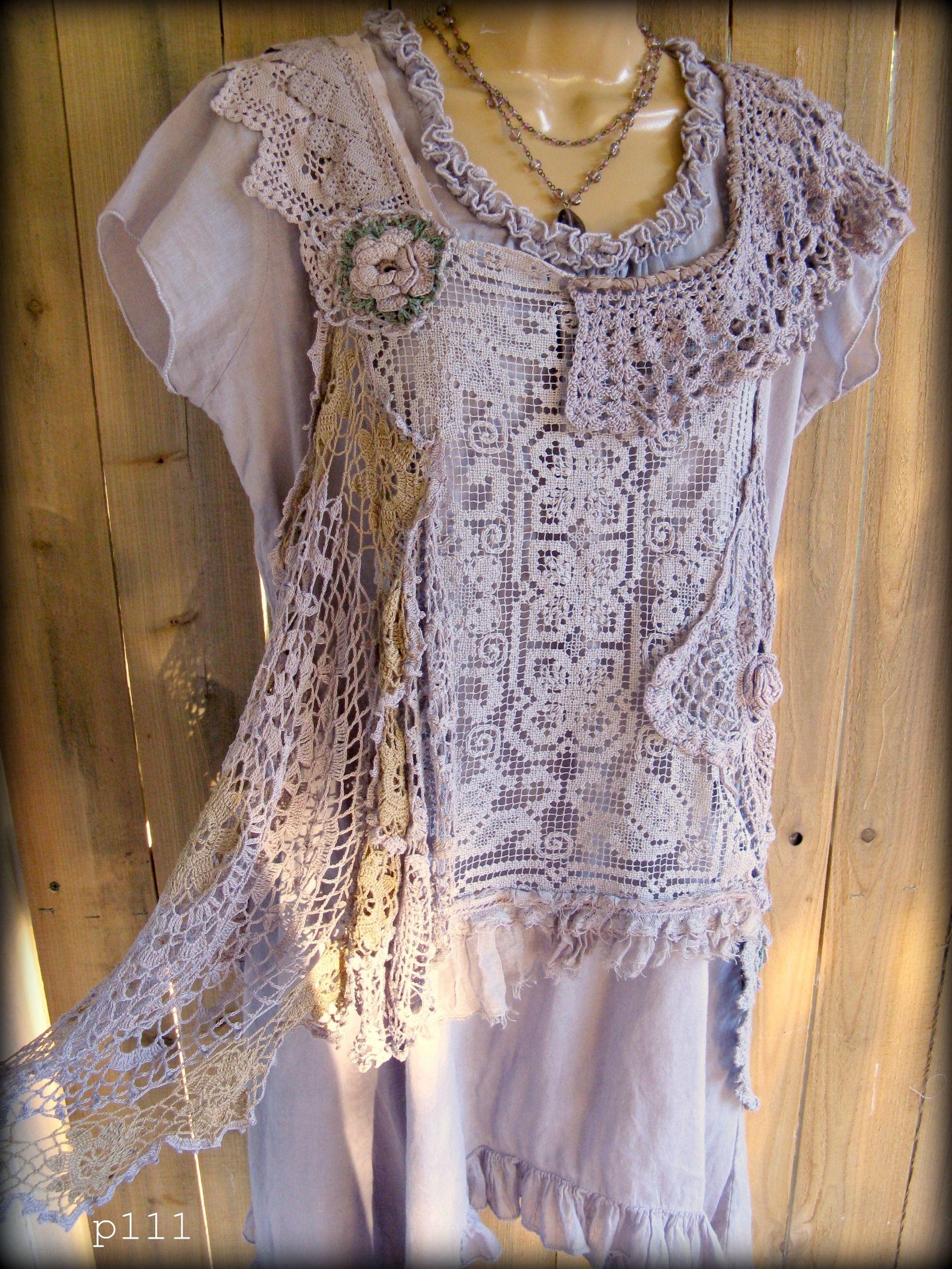 Hand dyed Lace Tunic , Dusty Lavender Det er så smukt når dit hæklestykke bliver sat sammen med tøj i samme farve !