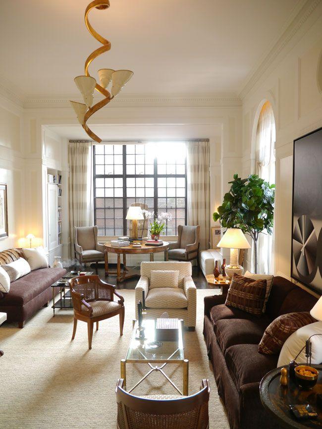 David Kleinberg S Manhattan Flat Long Narrow Living Room Narrow Living Room Living Room Furniture Layout