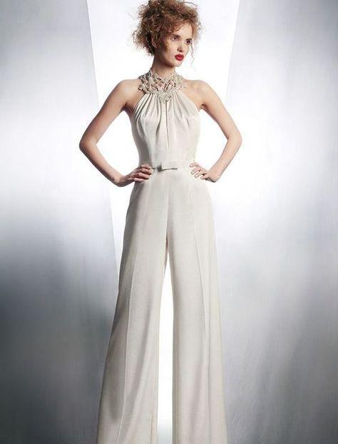 9432538f2 Un colección de vestidos de novias con pantalones para el civil (o no) que  te dejará pensándolo! Monos