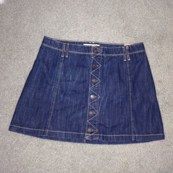 99bd6954e Hollister Denim Button Down Skirt A nice stylish denim skirt. Can be ...