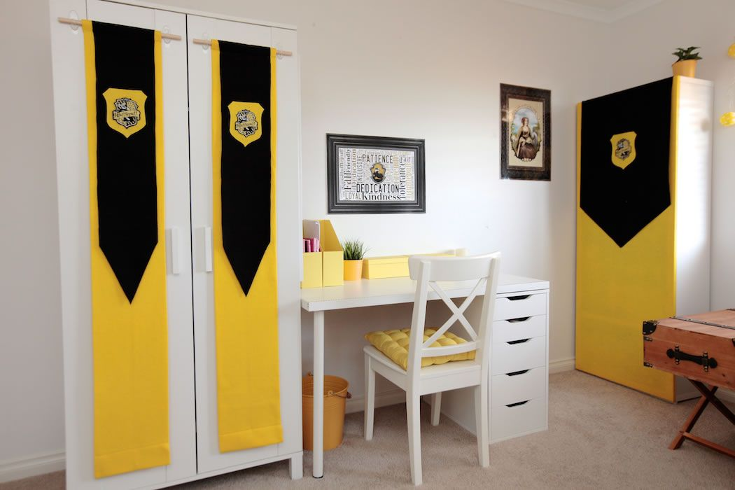 Hufflepuff Bedroom Design Ideas Harry Potter Hogwarts Hufflepuff - Design on a dime bedroom ideas