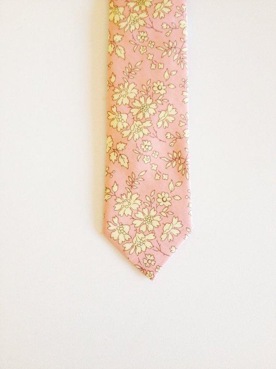 243beb2d2842 Custom pink groomsmen tie, Liberty of London Necktie, pink men's tie, pink  skinny tie, floral neckti