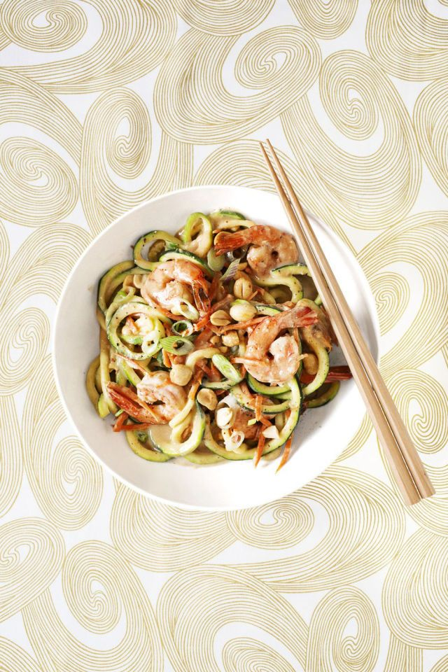Zucchini Noodles with Shrimp and Peanut Sauce