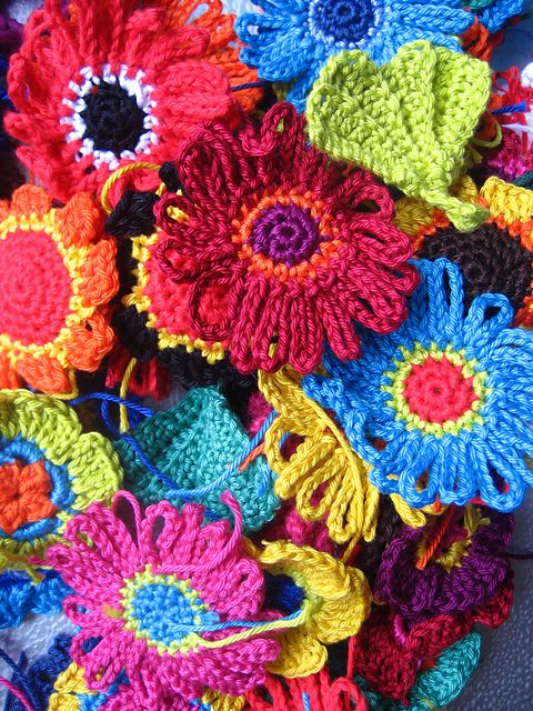 Free Pattern Lovely And Colorful Crocheted Flowers Knit And