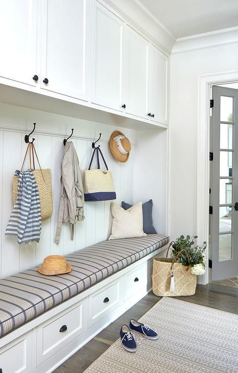 30 best small laundry room ideas and photos on a budget country laundry rooms laundry room wall decor and laundry room organization