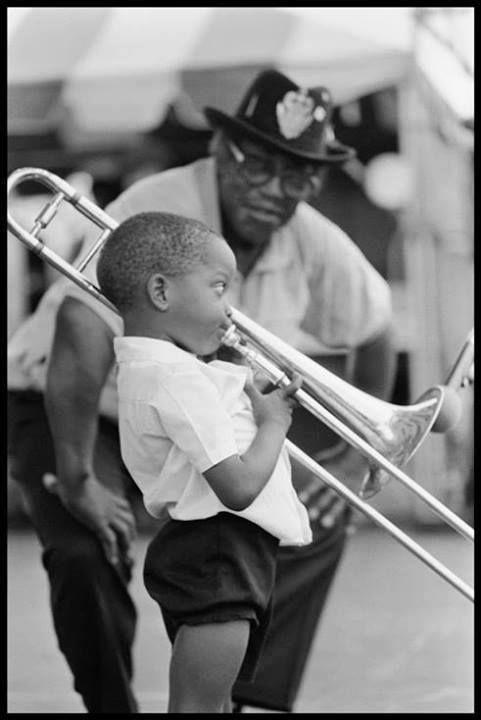 Petit homme au trombone
