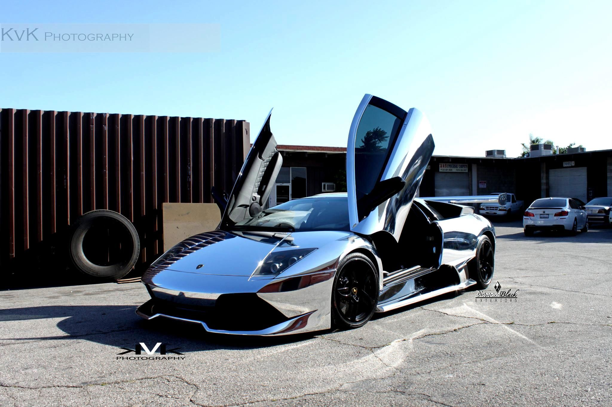 This car is my favorite this is the lamborghini murcielago with a custom paint job