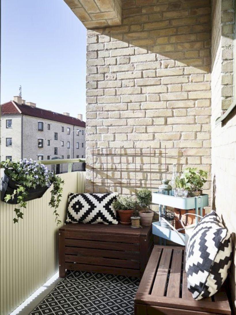 33 Apartment Balcony Garden Ideas That You Will Love: Inspiring Balcony Ideas For Small Apartment 33