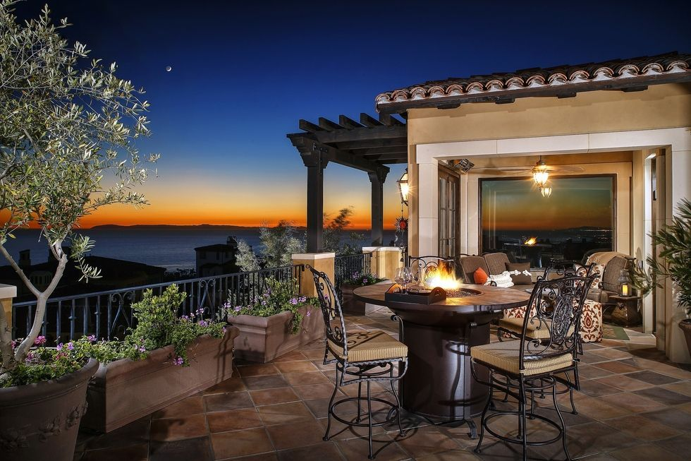The 20+ Luxury Terraces and Rooftops of Your Summer Party