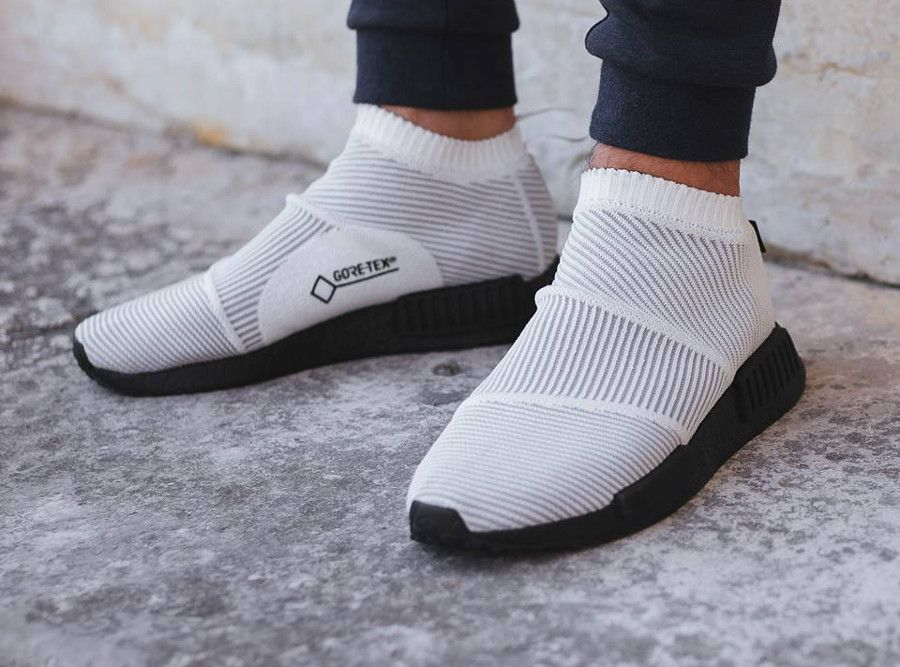 0726596a1 Adidas NMD CS1 City Sock Gore Tex blanche White on feet