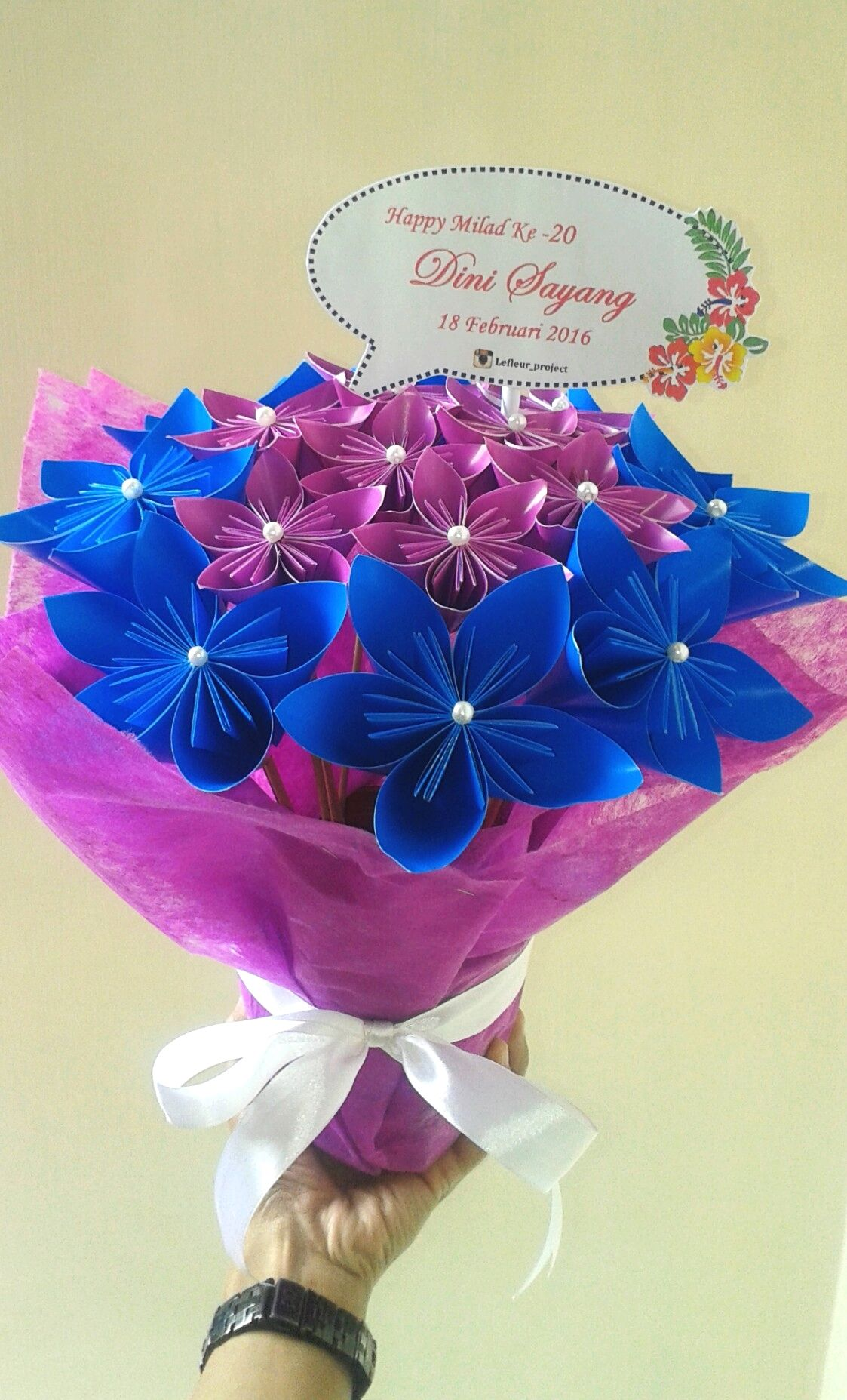 """Lovely Friendship"" Glossy color paper flower"