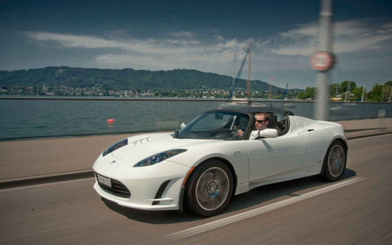 2018 Tesla Roadster Rumors Price Specs Http Www Carmodels2017